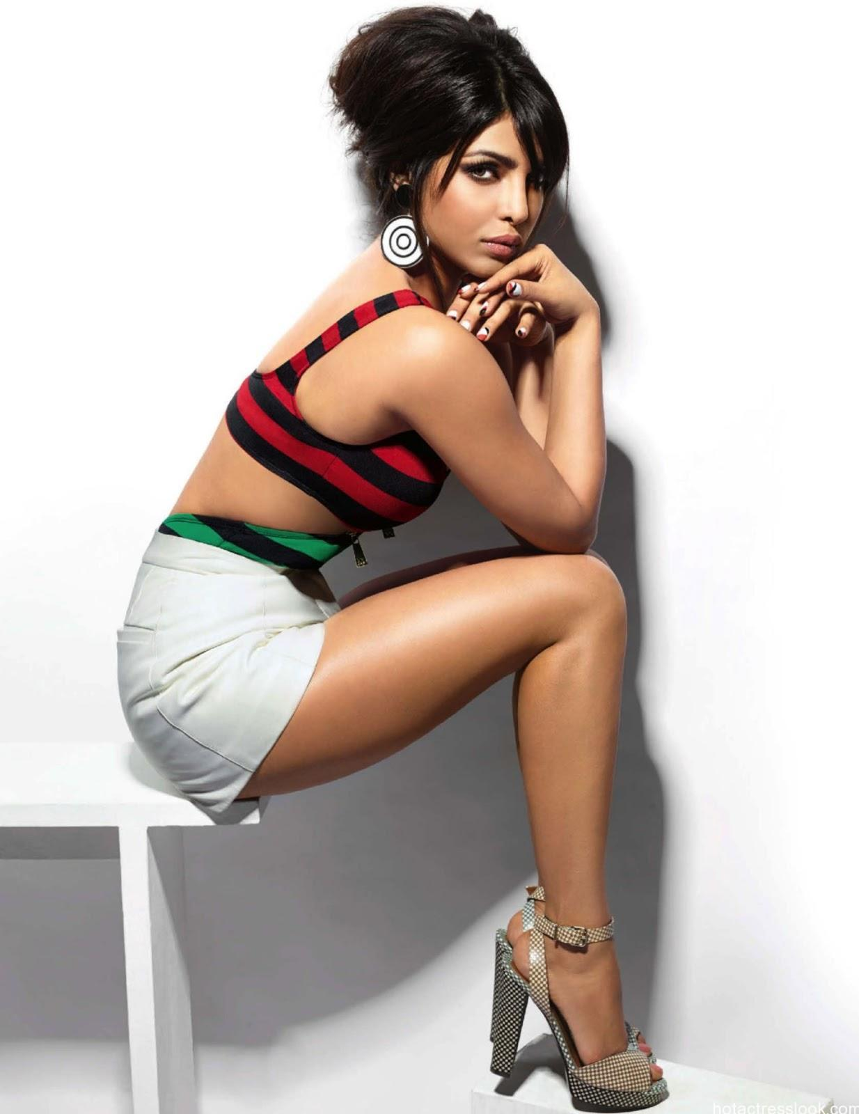 hot-priyanka-chopra-05.jpg
