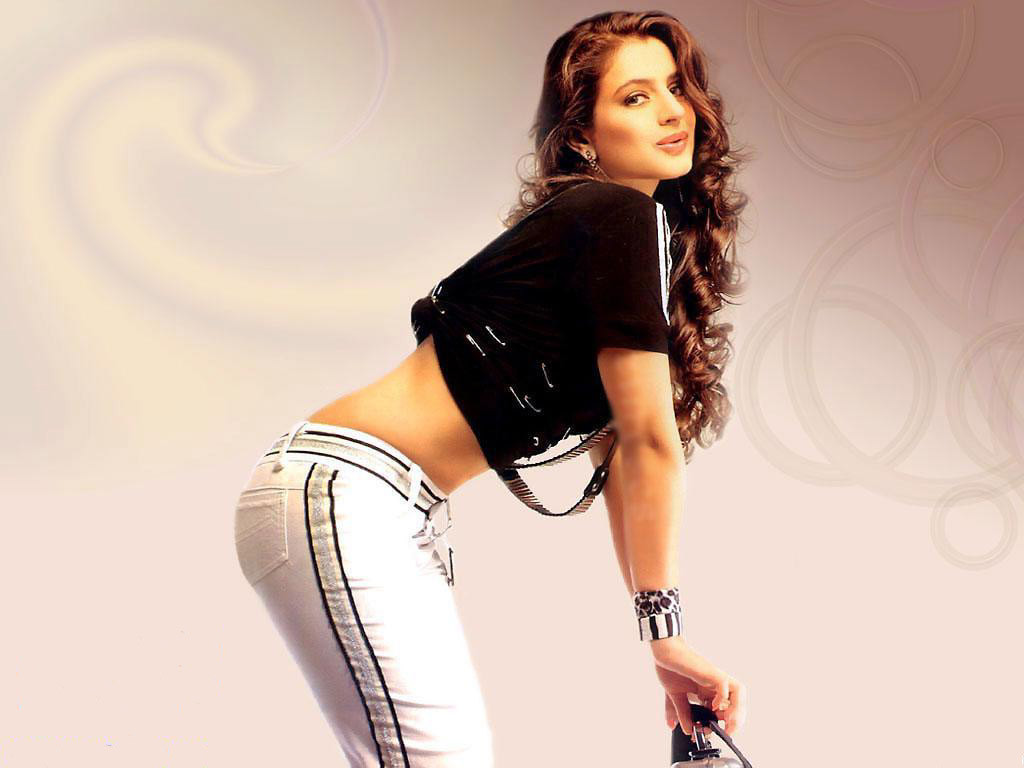 Amisha-Patel-Hot-Pics-+%284%29