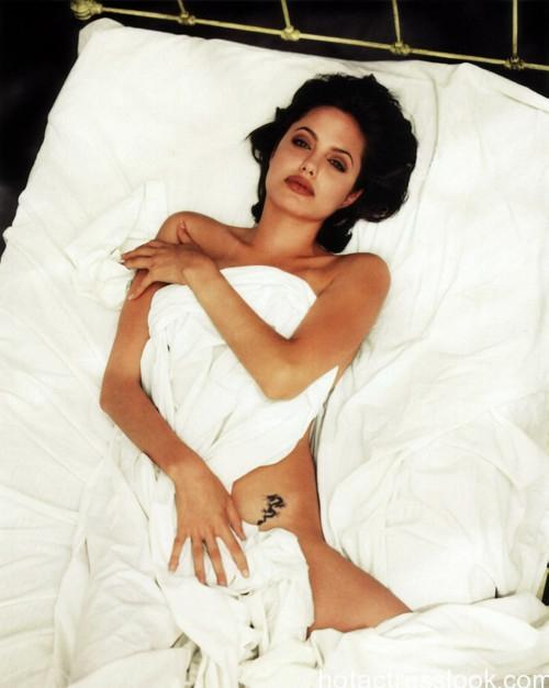 Angelina Jolie very sex photo