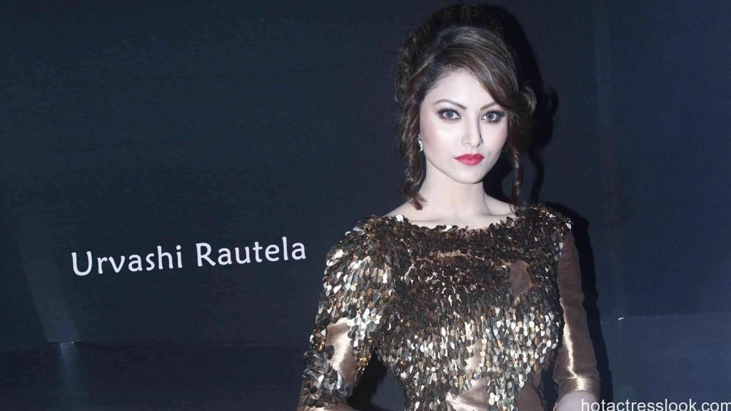 Beautiful-Urvashi-Rautela
