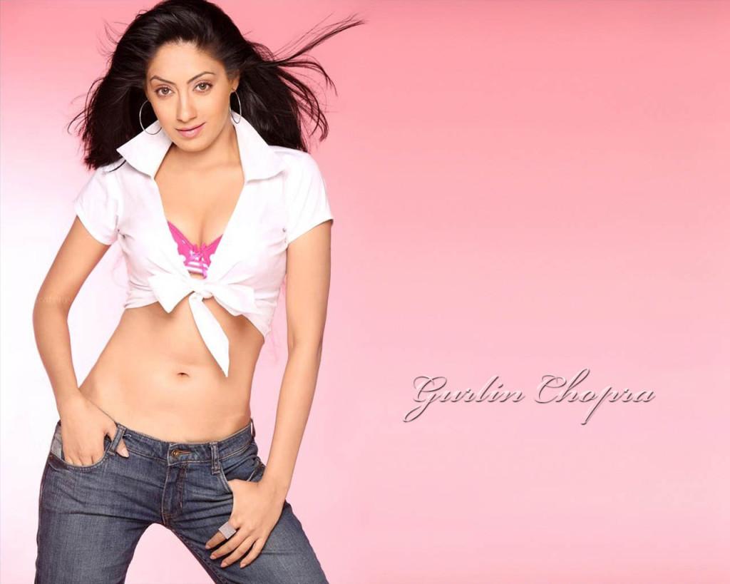 Gurlin Chopra looking Hot