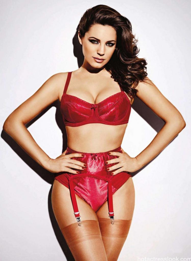 Kelly-Brook-for-Nuts-Magazine-July-2013
