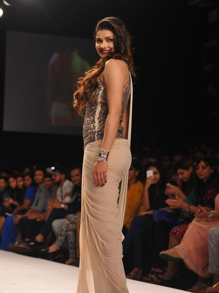 Prachi-Desai-Sexy Stills