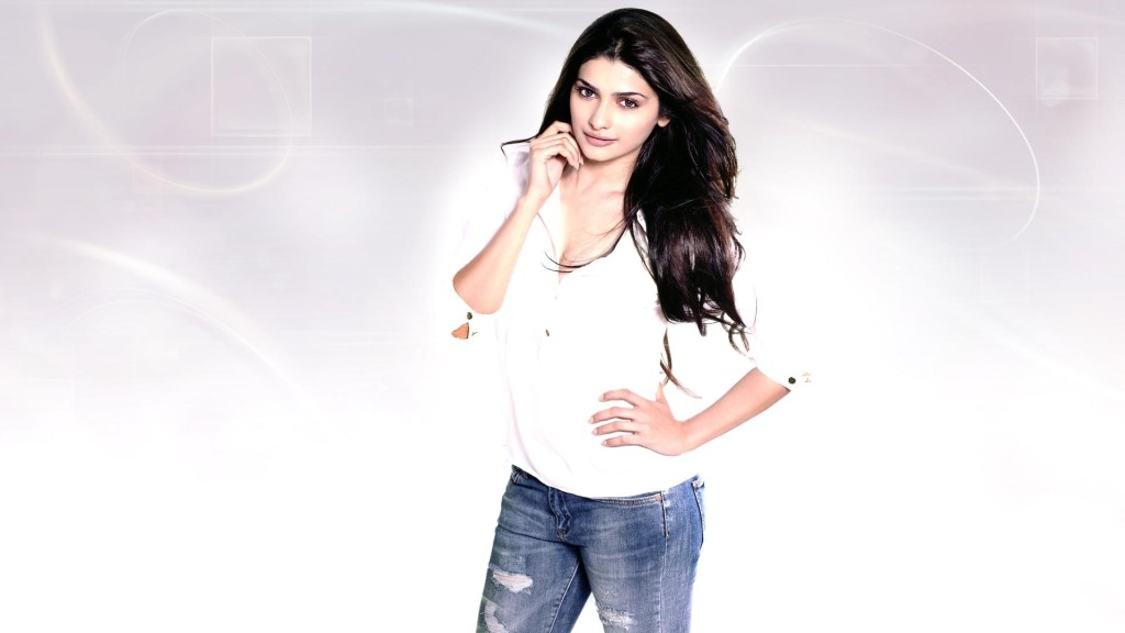 Prachi-Desai hot wallpaper