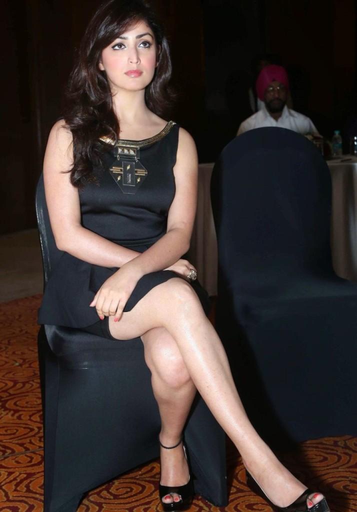 Sexy Yami Gautam