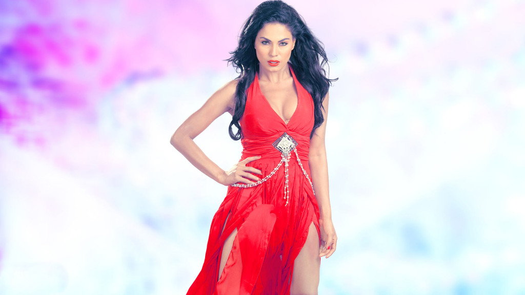Veena-Malik-new bold wallpaper