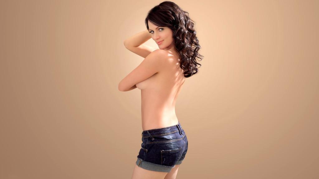 Yana-Gupta-sexy