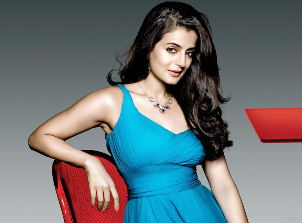 ameesha-patel-hot-wallpaper