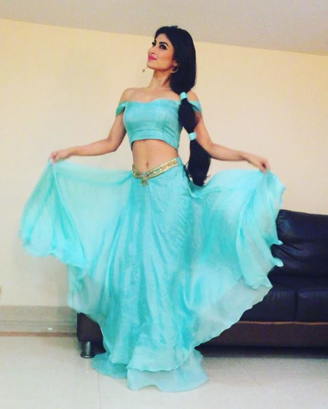 mouni instagram images free download