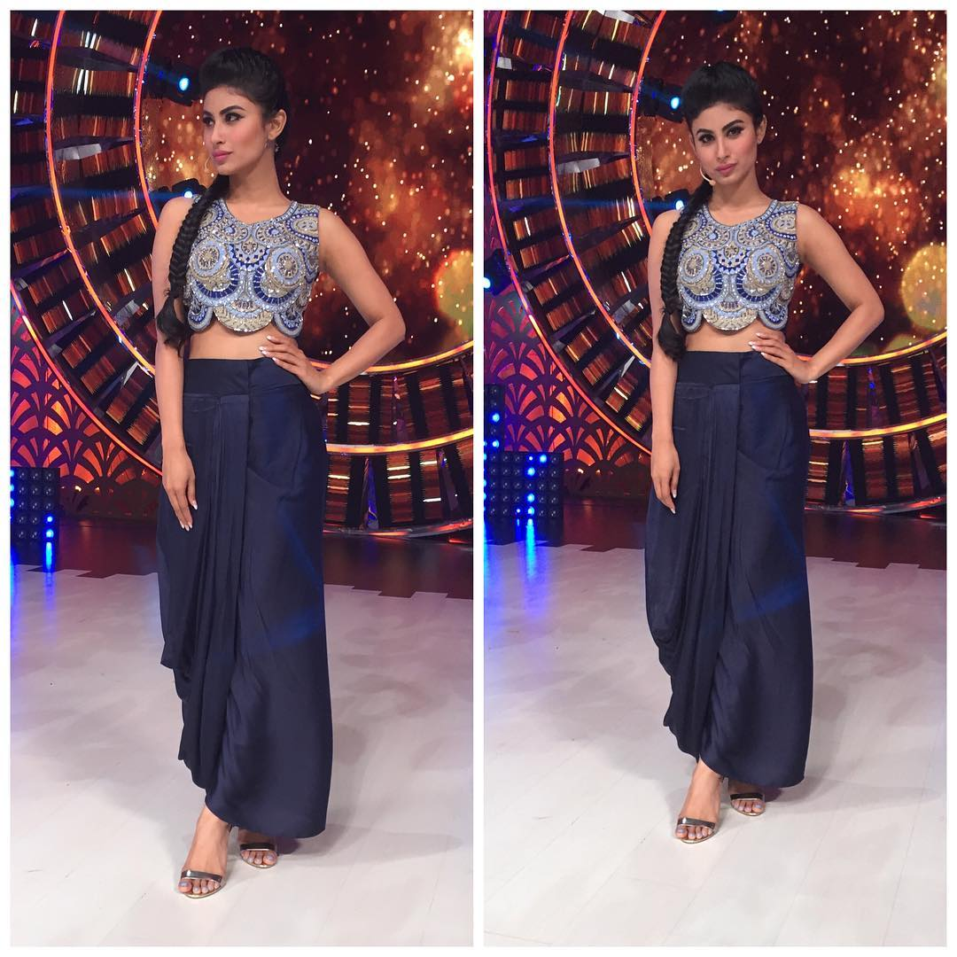 mouni roy cool sexy