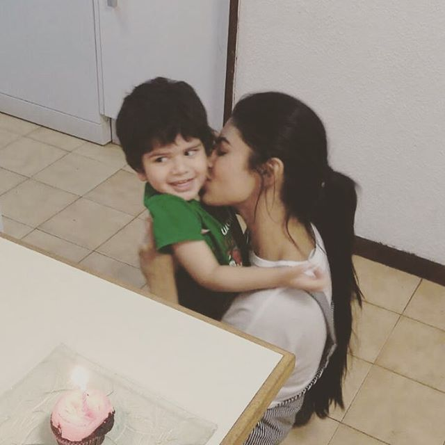 mouni roy with child kissing verry cute photos