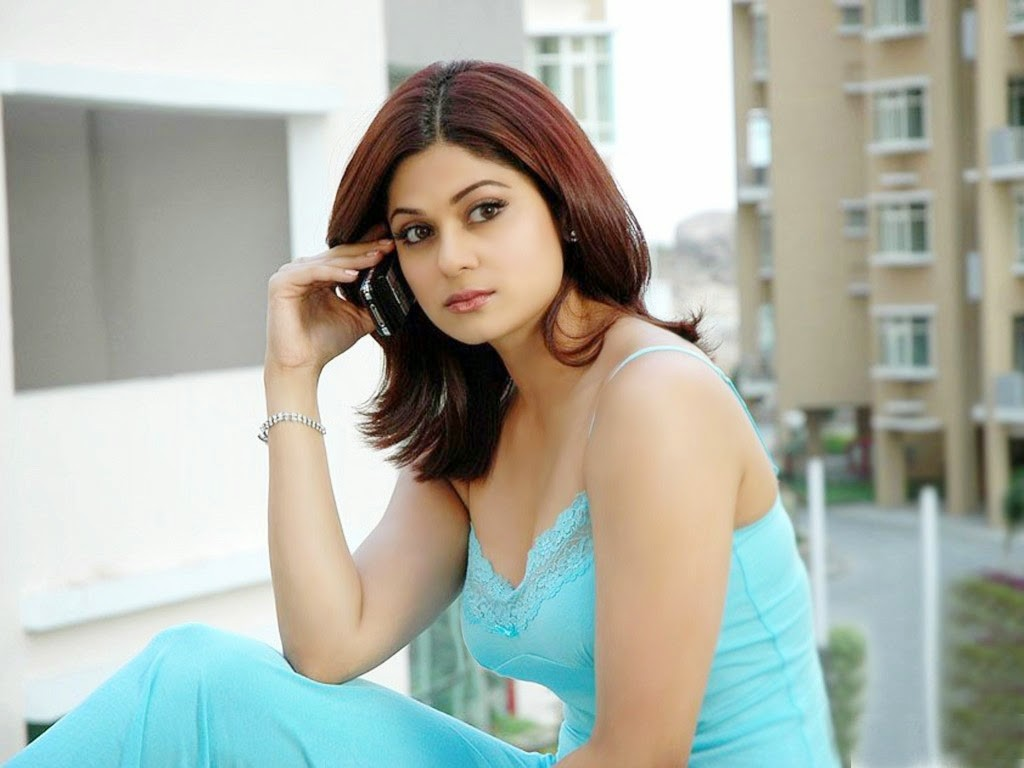 shamita-shetty sexy wallpapers