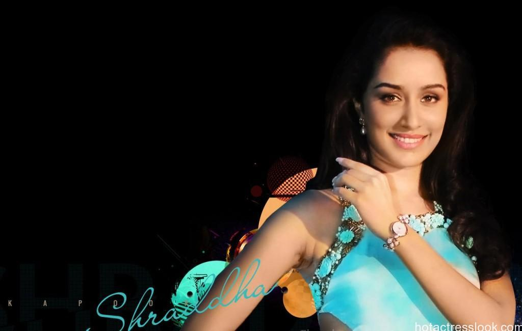 shraddha-kapoor-gorgeous-poses