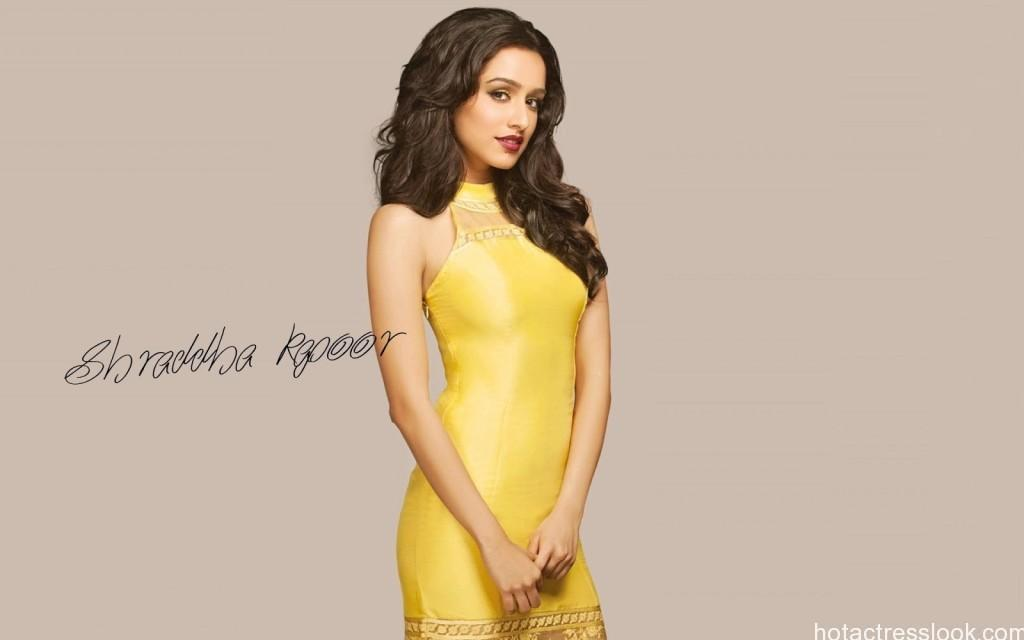 shraddha-kapoor-hot-pics-bikini-photos-sexy-wallpapers-stills-shoots-3