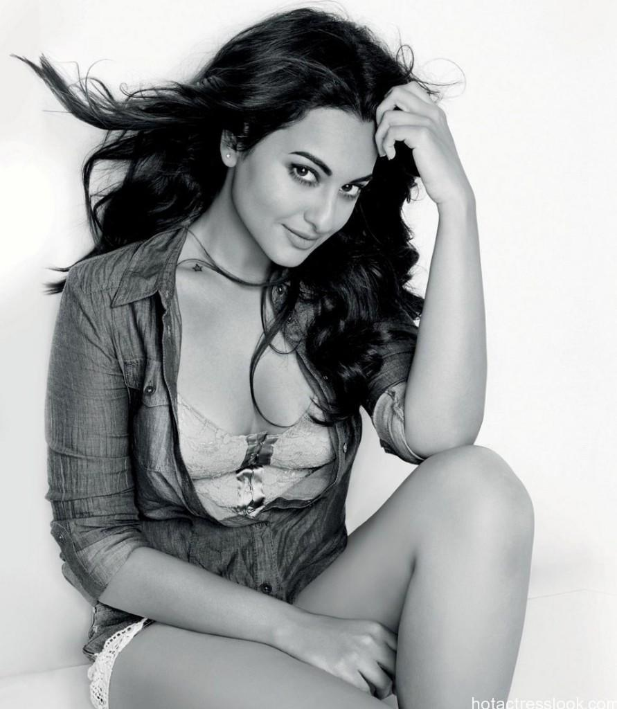 sonakshi-sinha-maxim-india-december-2014-photoshoot