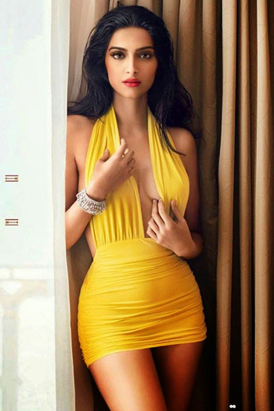 sonam-kapoor-hot-pic-in-yellow-dress