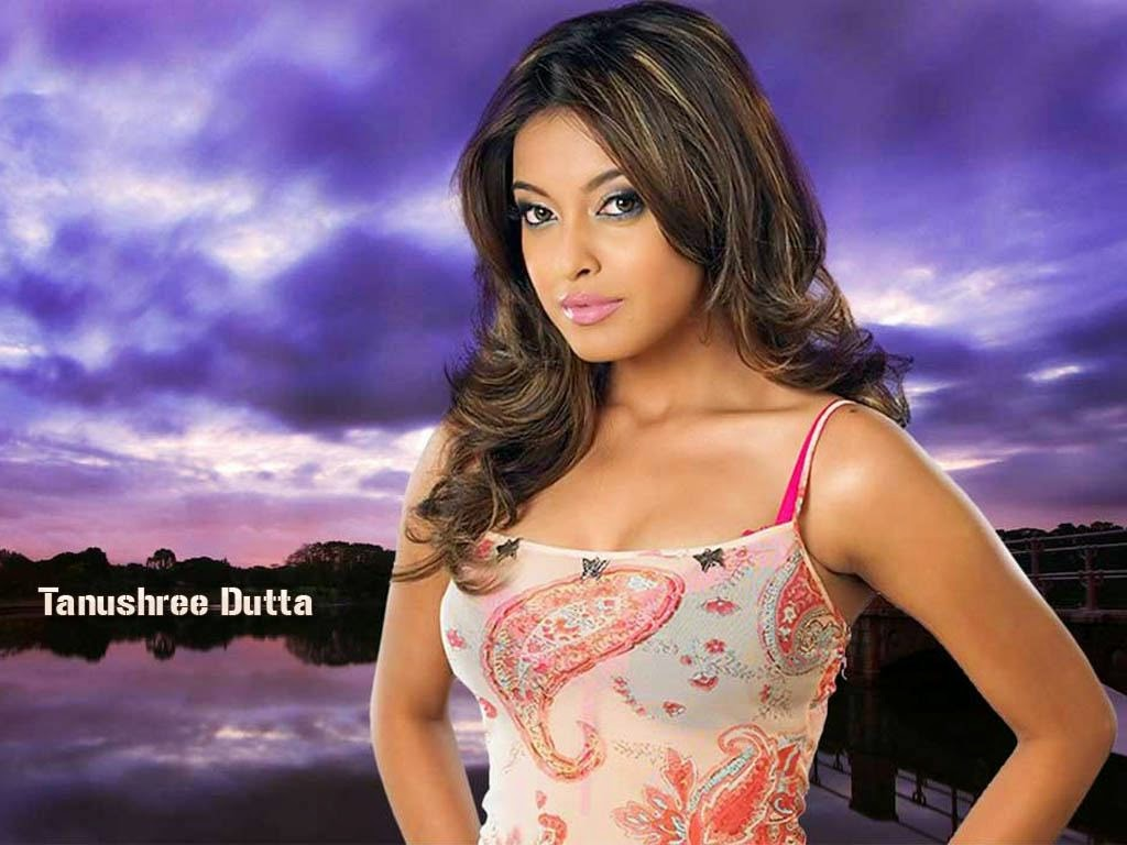 tanushree-dutta-hot-wallpaper