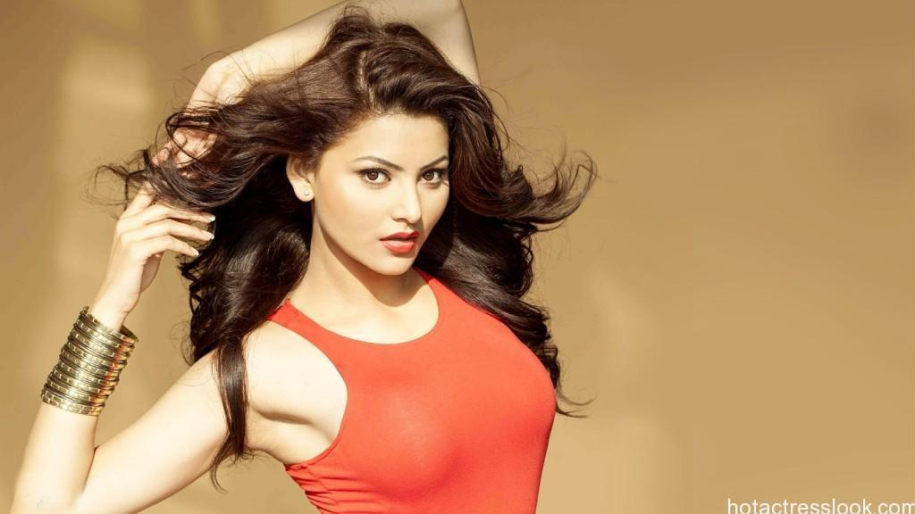 urvashi-rautela-new-photoshoot