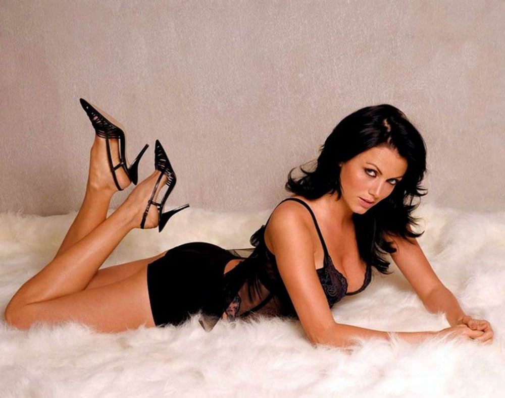 yana gupta hot photoshoot