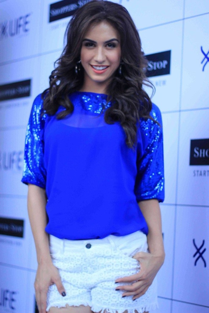 lauren-gottlieb-latest hot pics