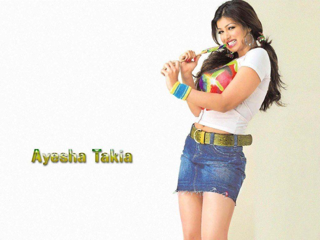 Ayesha Takia sexy pics