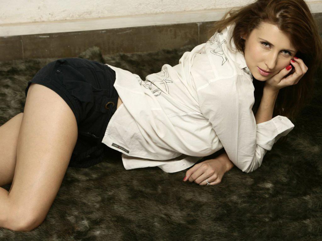 Claudia-Ciesla-in bikini