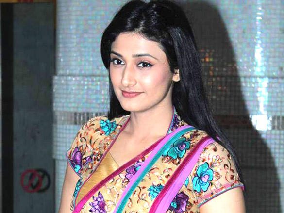Ragini Khanna photos
