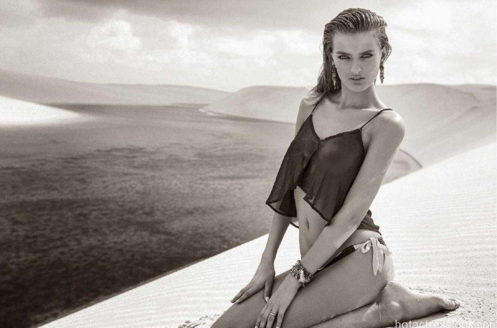 Bregje-Heinen--Bikini-Photoshoot--01