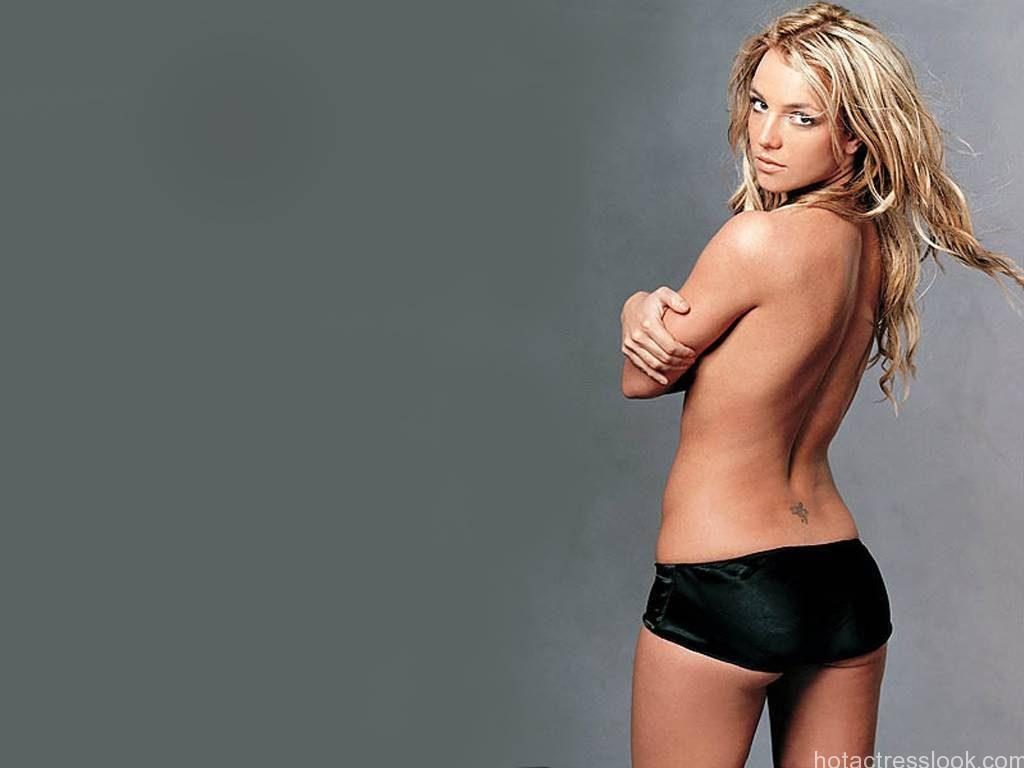 Britney-Sexy-Wallpaper-britney-spears-10343126-1024-768