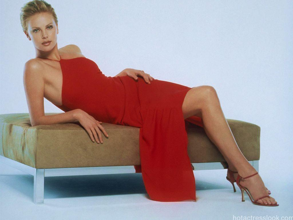 Charlize-Theron-Looks-Hot-In-Red