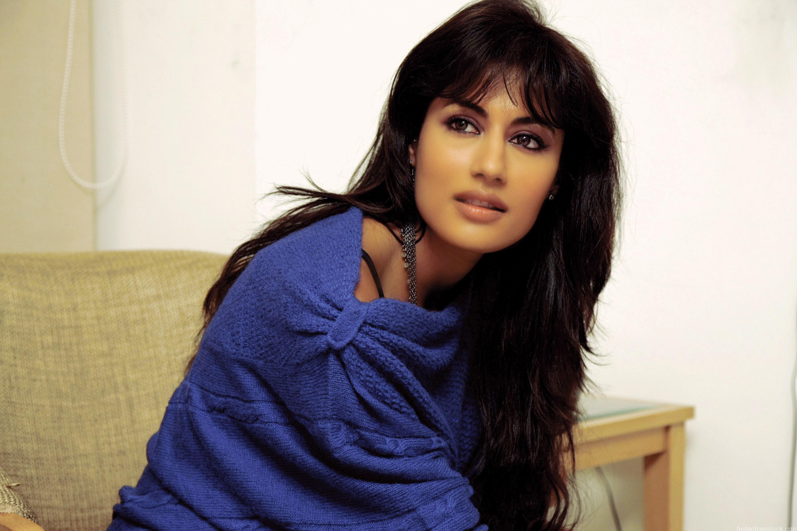 Chitrangada-Singh-Sexy-Photo