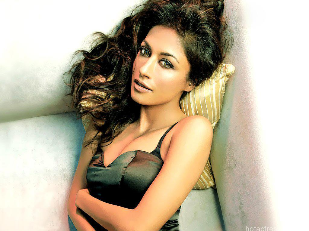 Chitrangada Singh sexy wallpaper