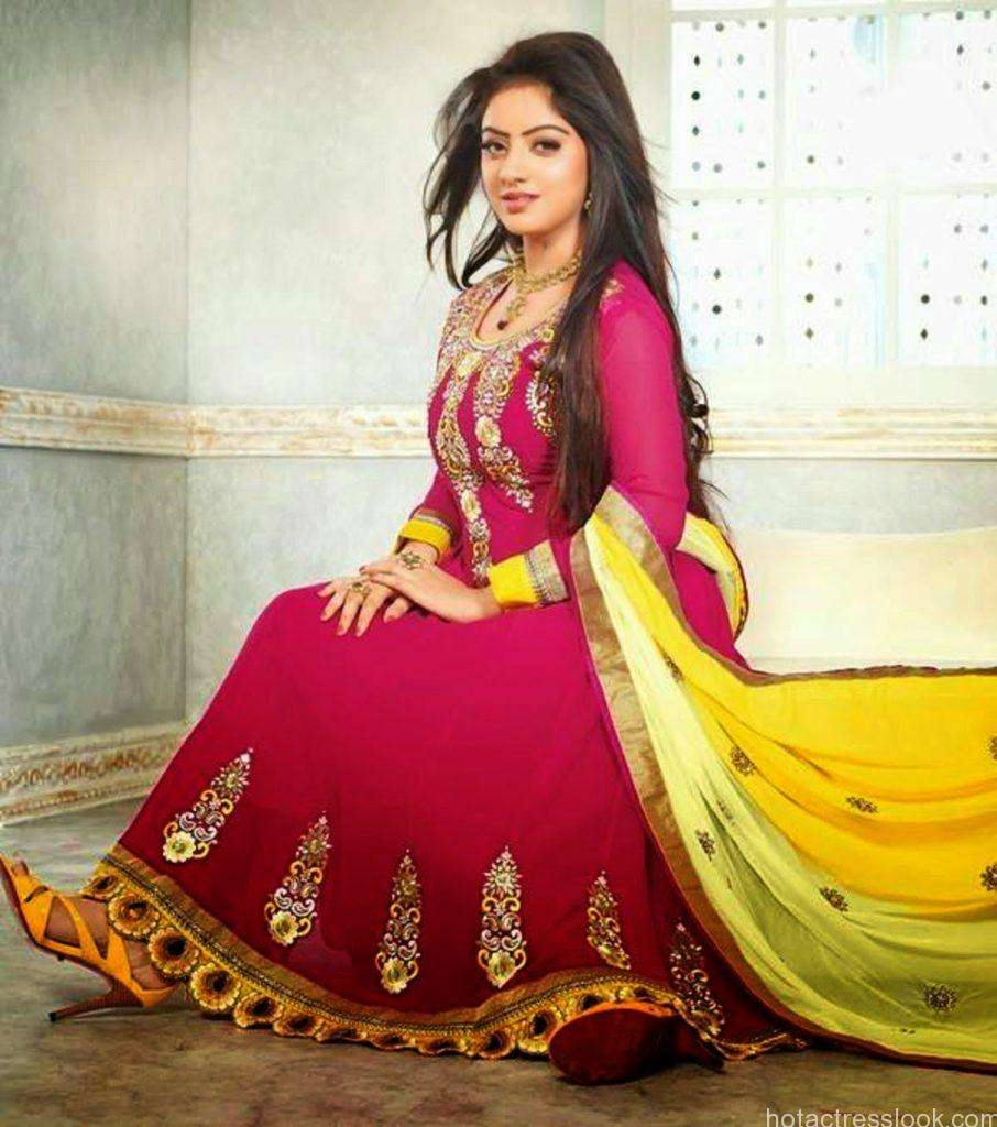 Deepika Singh Hot in saree