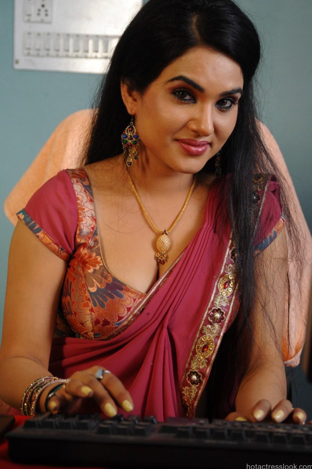 Kavya Singh Sexy Pose