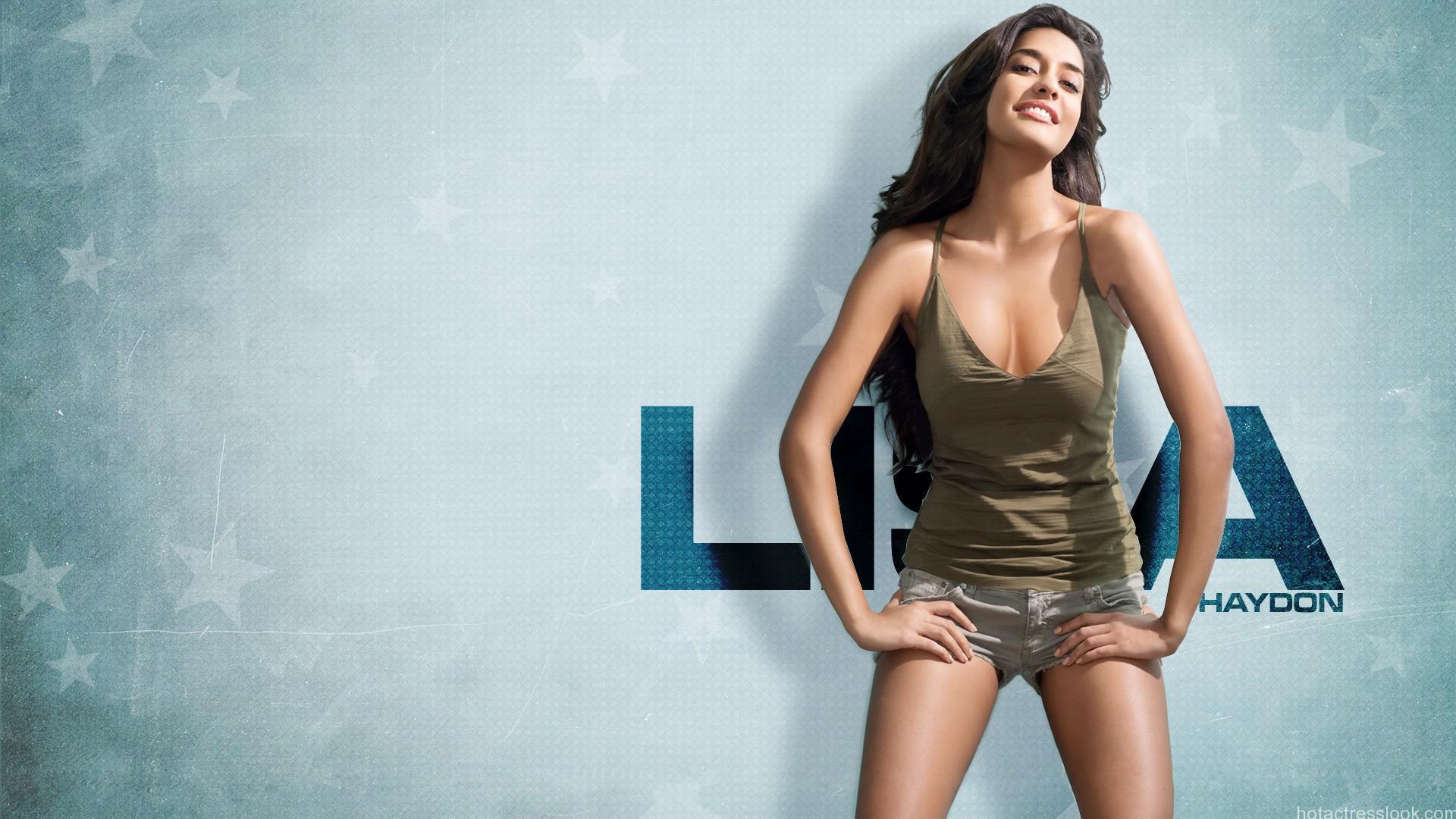 Lisa Haydon Hot in Lingerie
