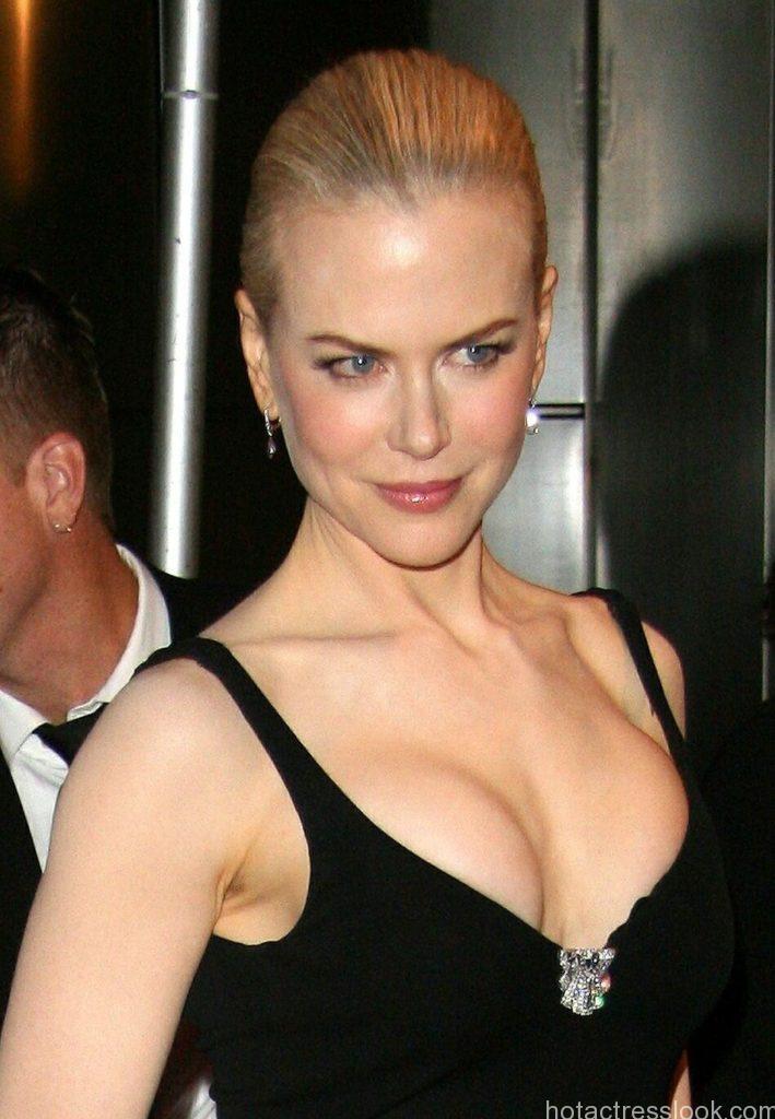 Nicole Kidman Sexy image