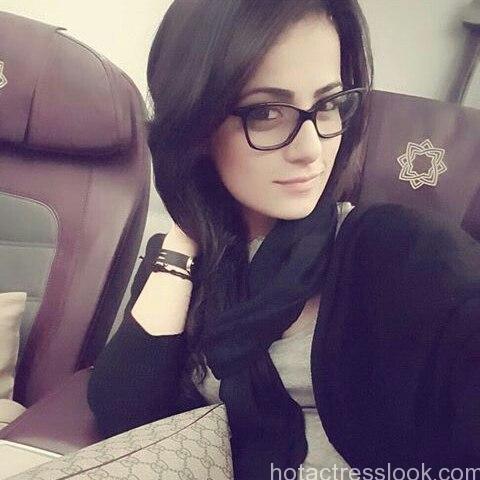 Radika Madan sexy selfie