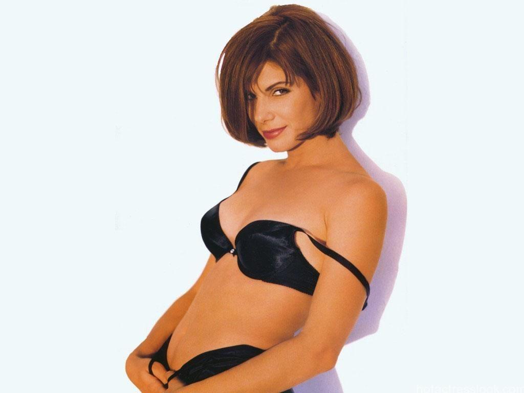 Sandra bullock bikini wallpapers