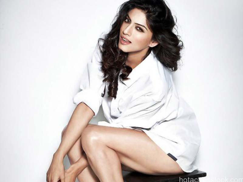 Sapna-Pabbi Sexy images