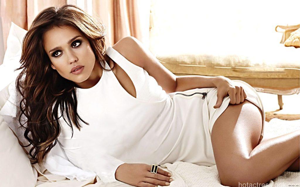 Sexy-Jessica-Alba-Wallpaper-Hd-for-PC-35