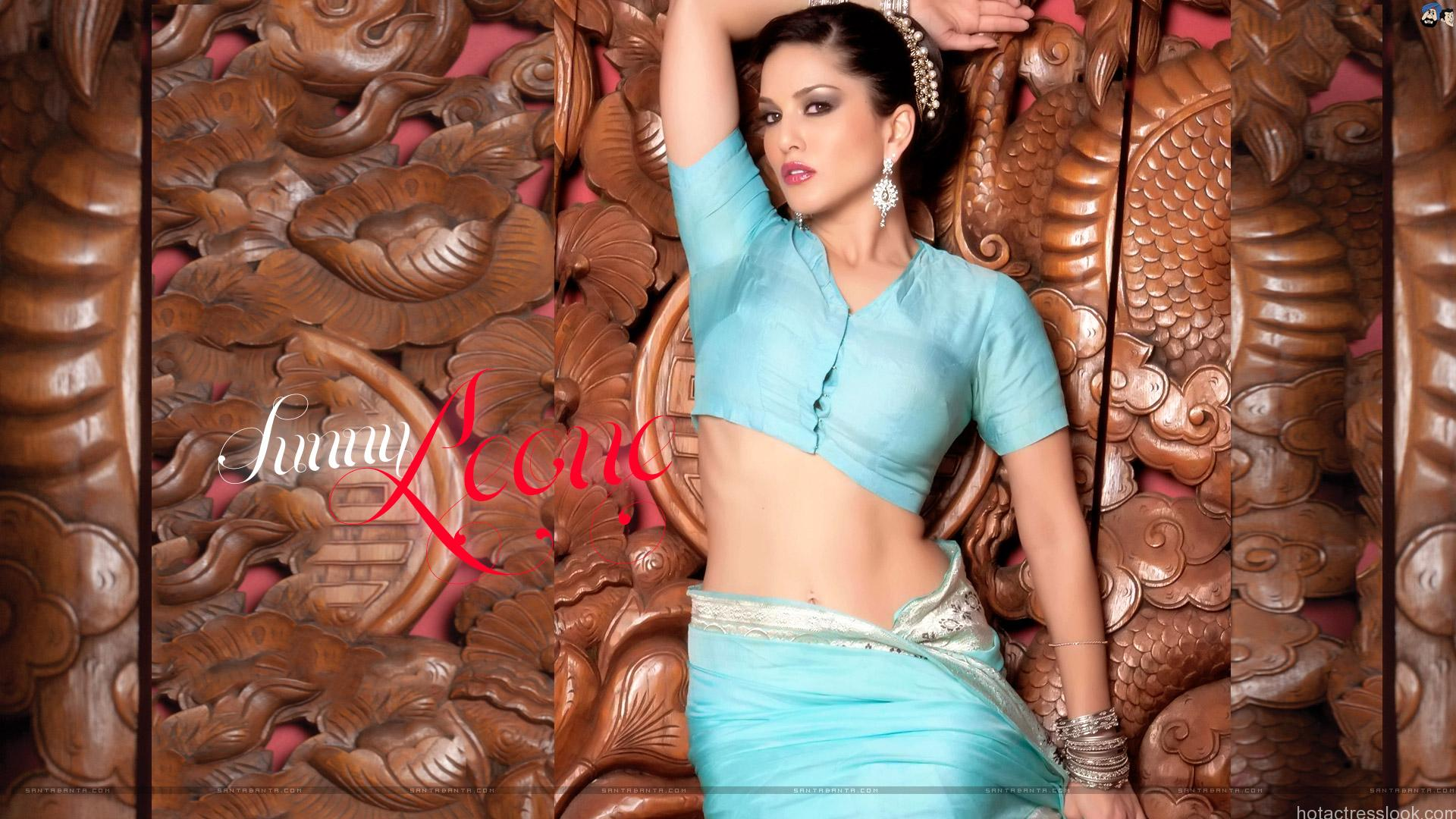 Sunny Leone sexy wallpapers