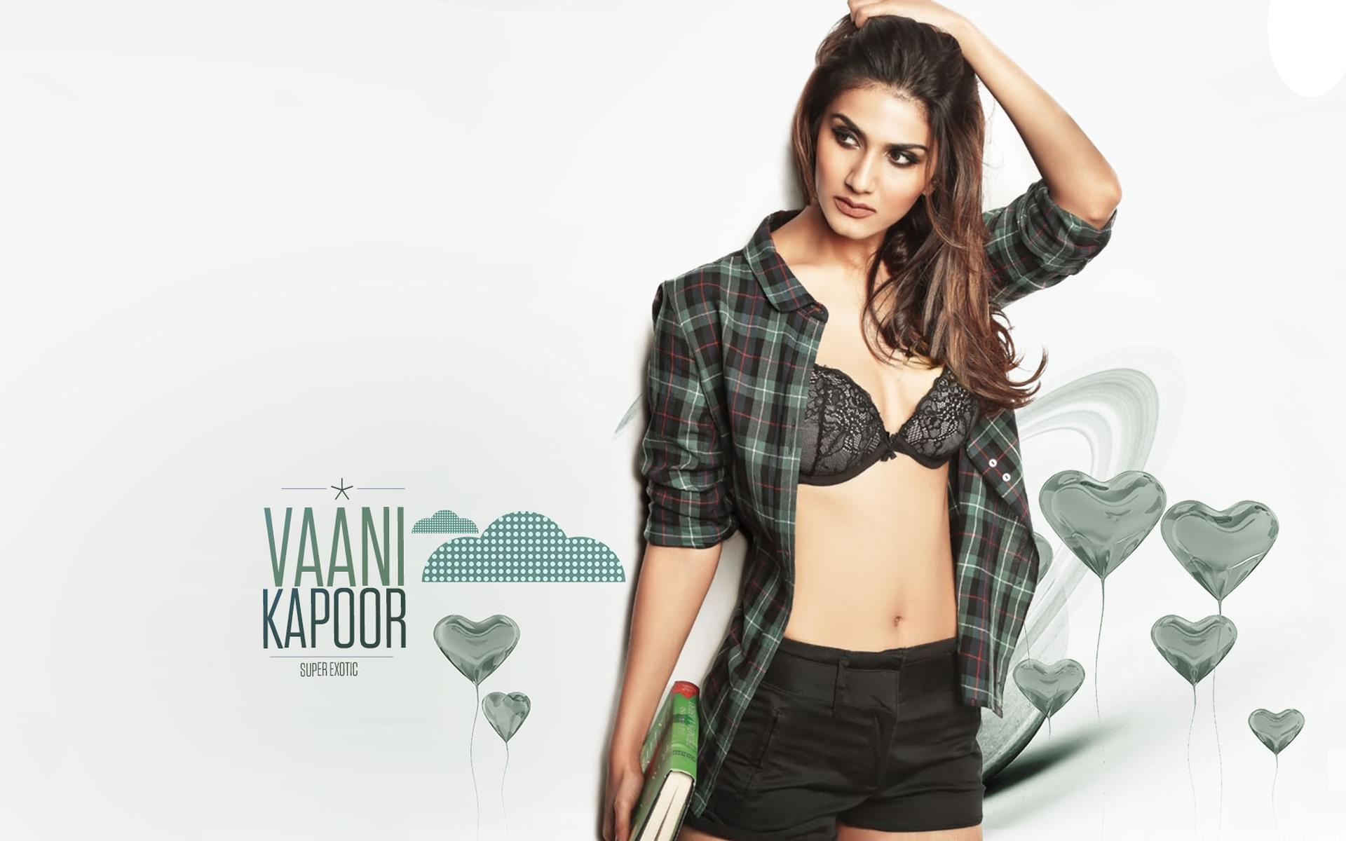 Vaani Kapoor hot pics