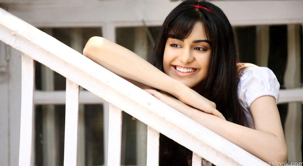 adah-sharma-cute-4