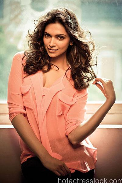 deepika-padukone-during-a-sensual-photoshoot