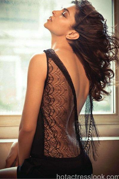 deepika-padukone-hot-hd-picture
