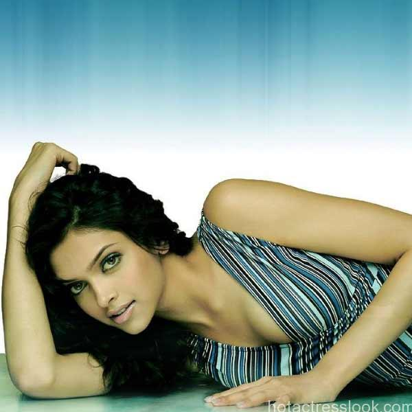 deepika-padukone-hot-picture