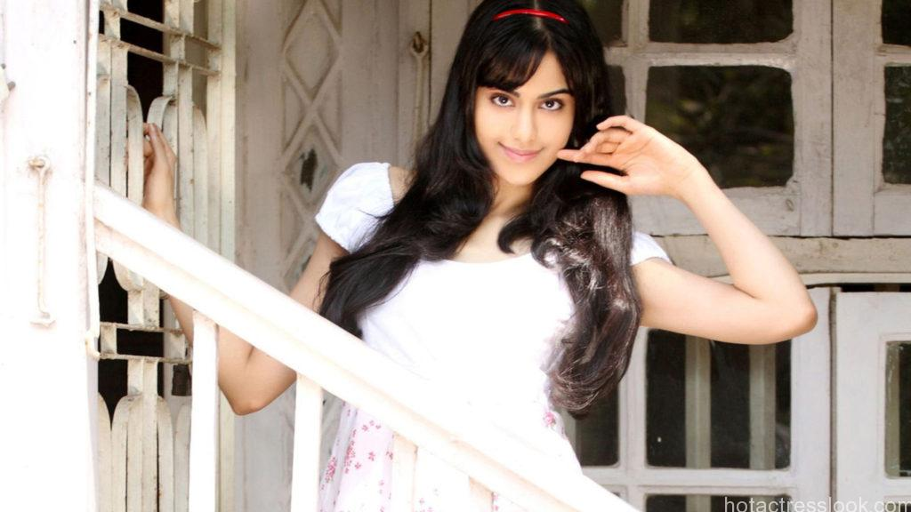 full_tv_adah_sharma_photos_hd_wallpaper_download_160101094307