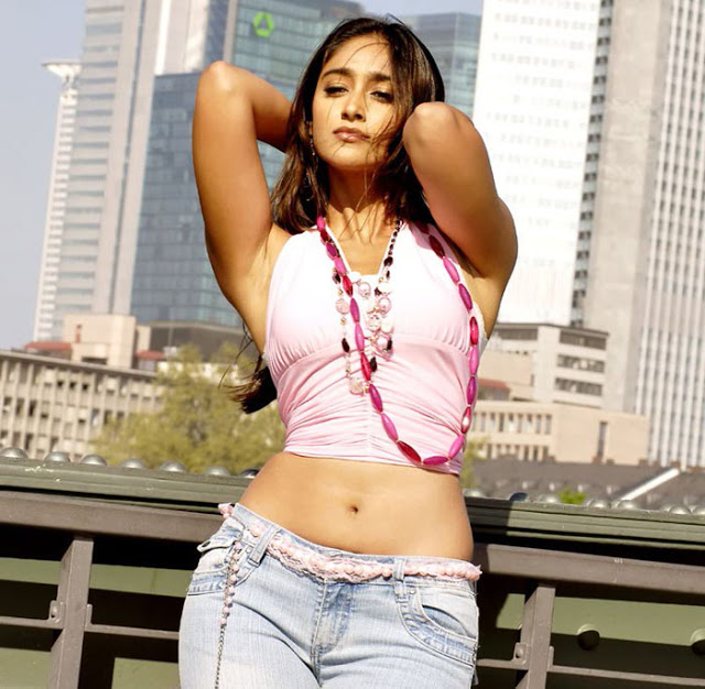 ileana-d-cruz-hot-navel