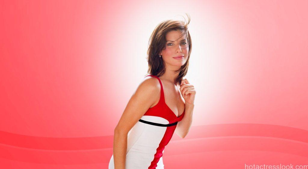 sandra-bullock-in-sexy-dress