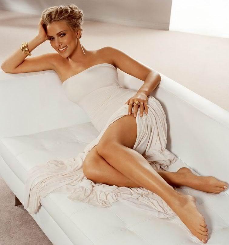scarlett-johansson-sleeping-sexy